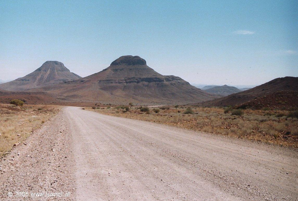 Near Palmwag (Damaraland)