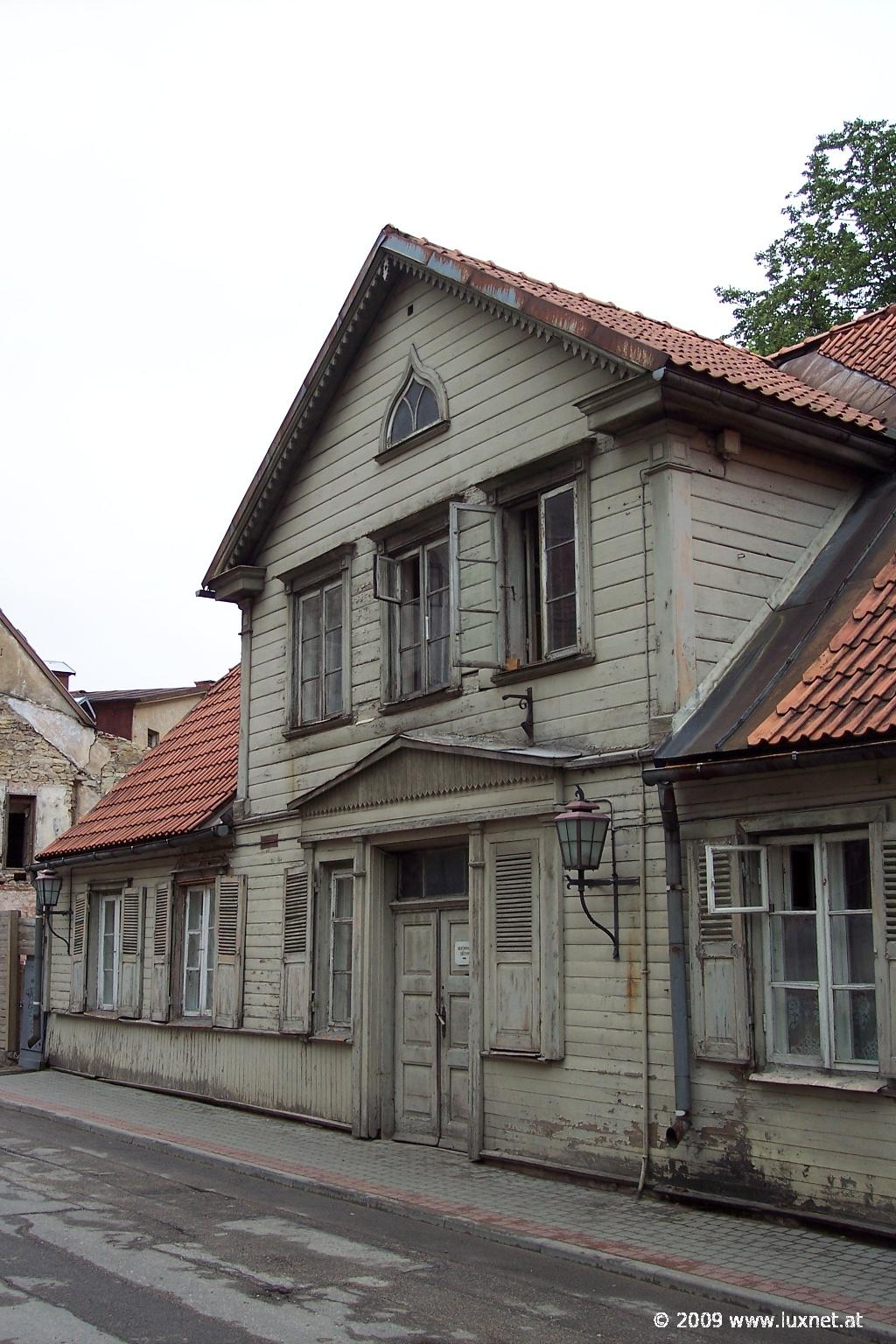 Typical House, Cecis