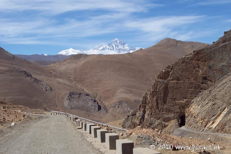 Road to the Everest Basecamp (Tsang)