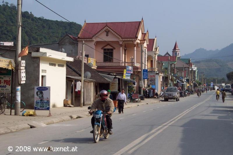 Typical village in the Nghe Anh province