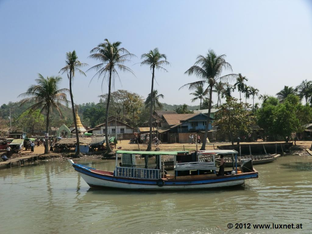 Harbour (Mrauk U)