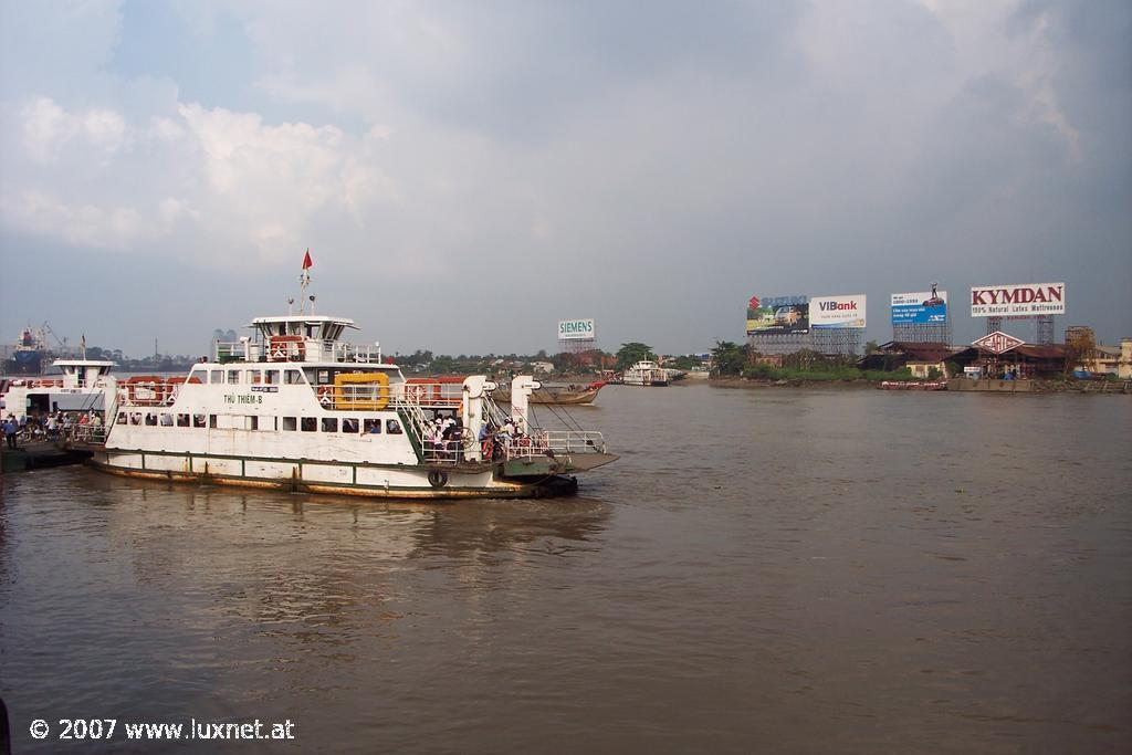 Saigon river (Saigon)
